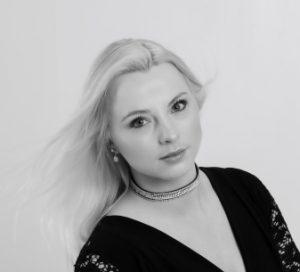 KARINA 03 maly portret